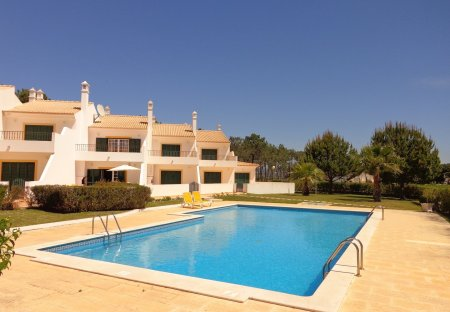 Town House in Pinhal do Concelho, Algarve: