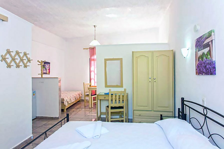 Apartment in Greece, Gerani