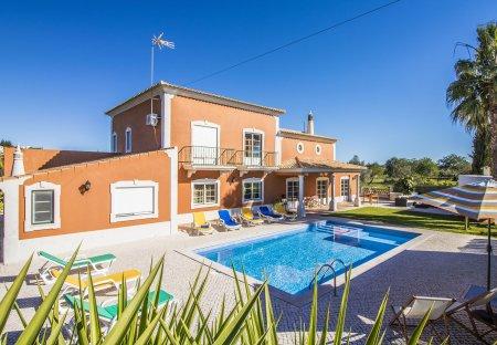 Villa in Ribeiro, Algarve