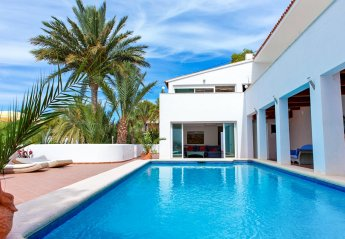 7 bedroom Villa for rent in Altea