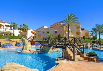 4 bedroom Apartment for rent in Mijas