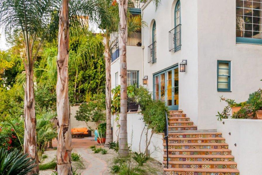 Classic Hollyridge House ( Hollywood Hills )