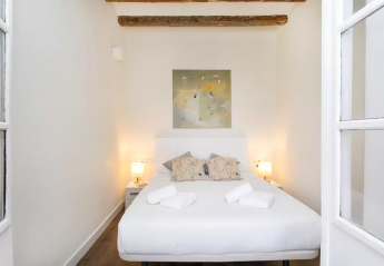 4 bedroom Apartment for rent in Gracia