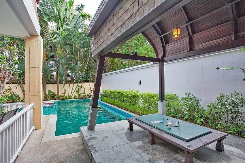 Rustic Gold Villa Villa – 4 Beds