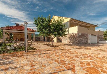 Villa in Čvrljevo, Croatia