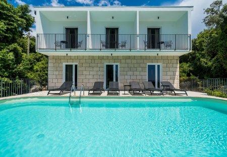 Villa in Molunat, Croatia