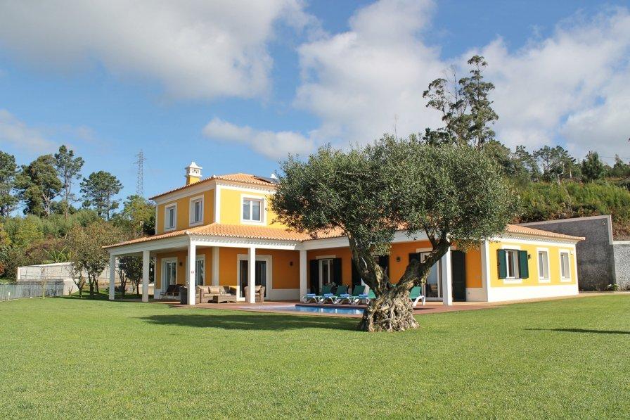 Villa in Portugal, Picos