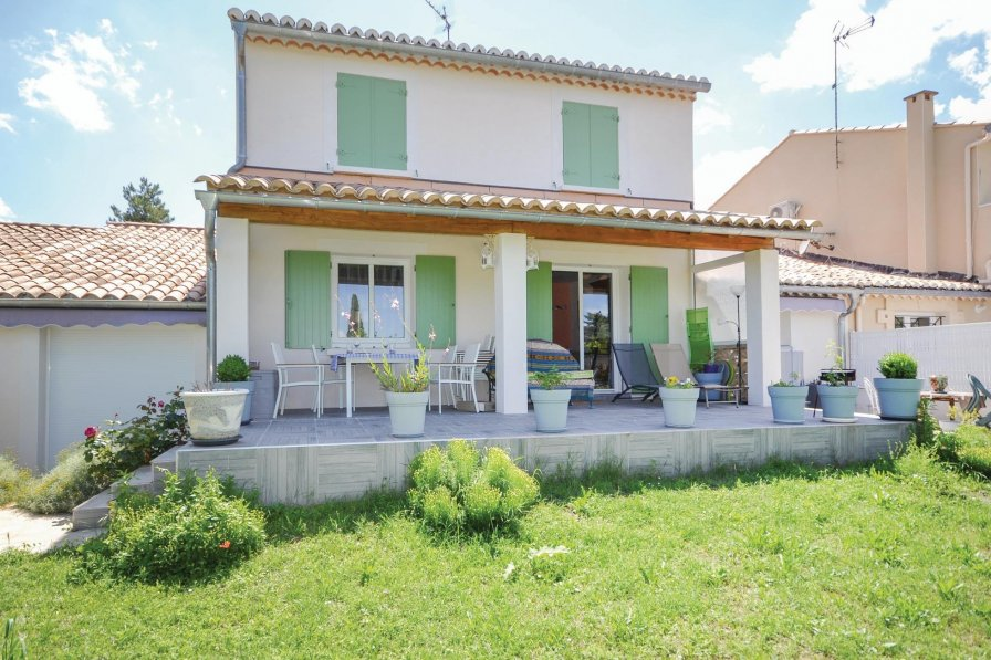 Villa in France, Uzès