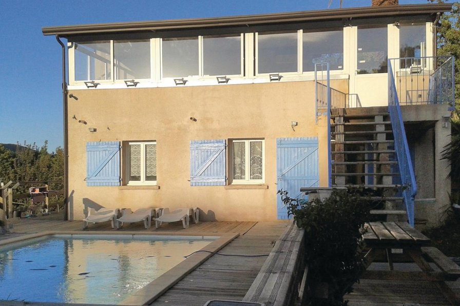 Apartment in France, Luri