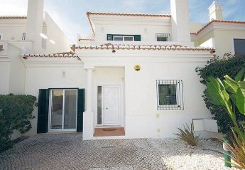 0 bedroom Villa for rent in Almancil