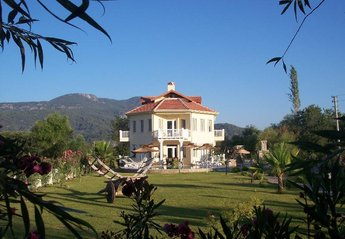6 bedroom Villa for rent in Dalyan