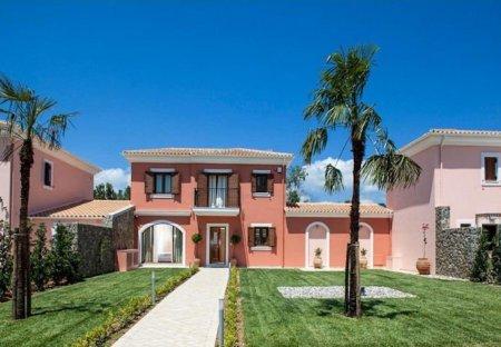 Villa in Dassia, Corfu