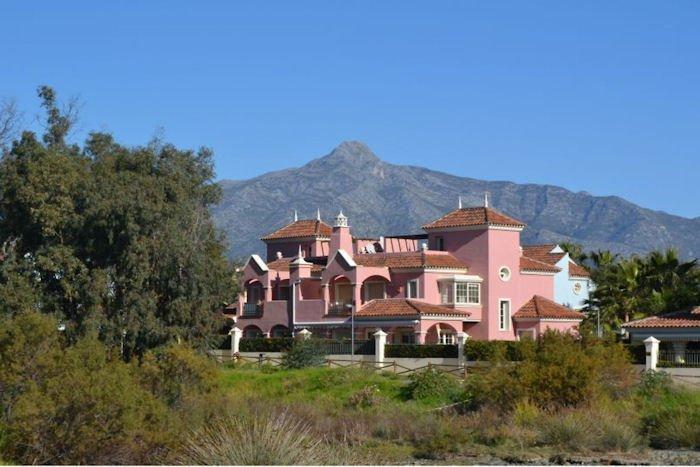 Villa in Spain, Nueva Andalucía