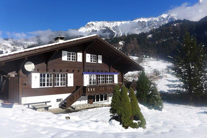 Chalet Villa Apartments Reviews