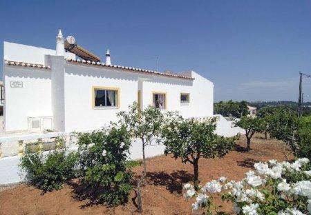Villa in Montes Juntos (Lagos), Algarve