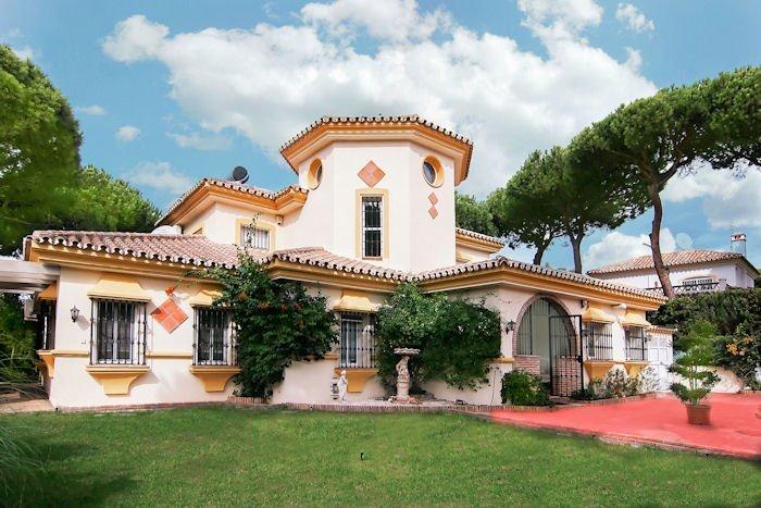 Villa Calahonda Beach