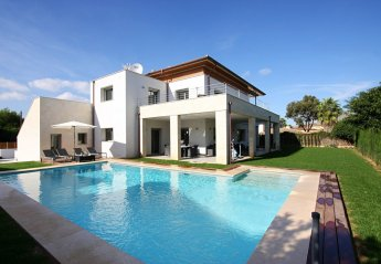 5 bedroom Villa for rent in Puerto Pollensa
