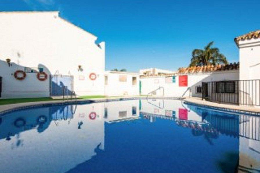Townhouse in La Carihuela, Torremolinos, Malaga
