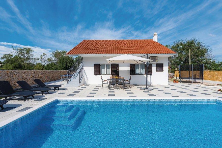 Villa in Croatia, Unešić