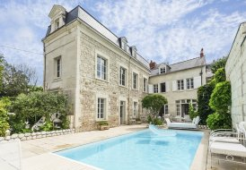 Chateau in Delessert-St-Louis-Nantilly, France