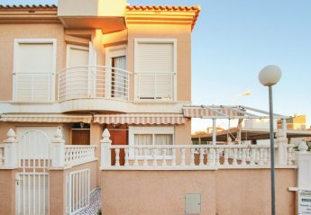2 bedroom Villa for rent in Santa Pola