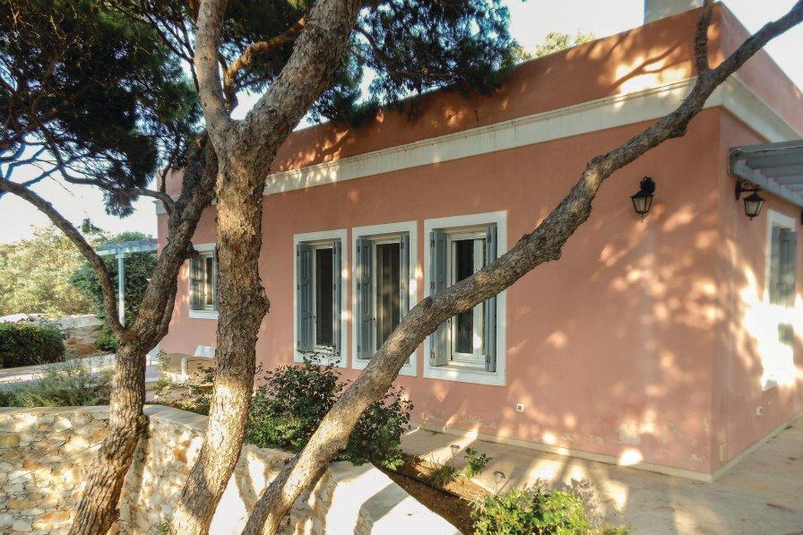 Syros villa to rent