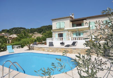 Villa in Quartiers Est Les Salettes-Les Campons, the South of France