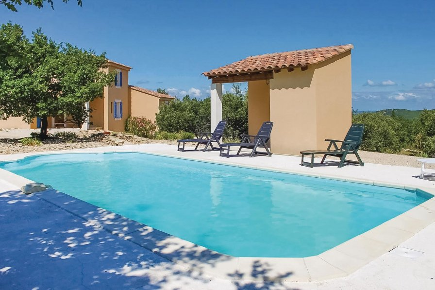 Villa in France, Entrechaux