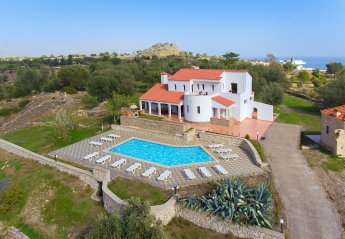 6 bedroom Villa for rent in Lindos