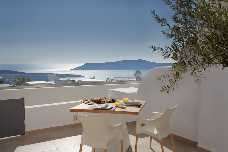 Apartment in Greece, Fira Town