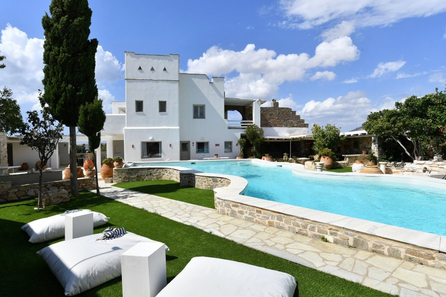 Villa in Greece, Parikia