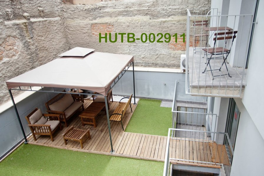 Apartment in Spain, Hostafrancs