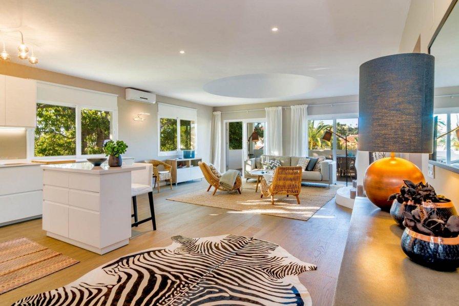 AS12-Luxury 3 bedroom apartment