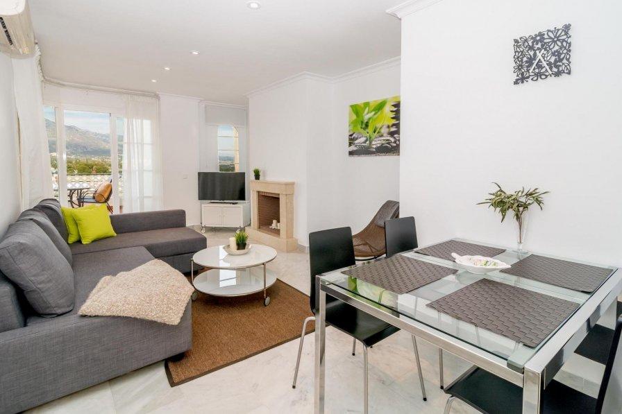 SAG-Tastefully furnished 2 bedroom apt
