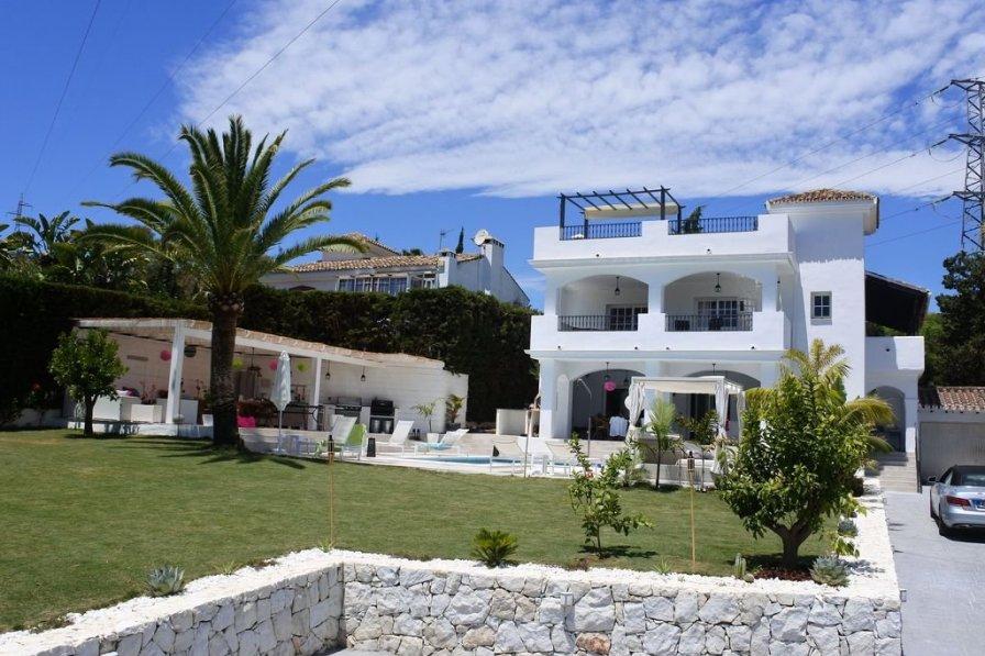VM-Lyxury 4 bedroom villa with private pool