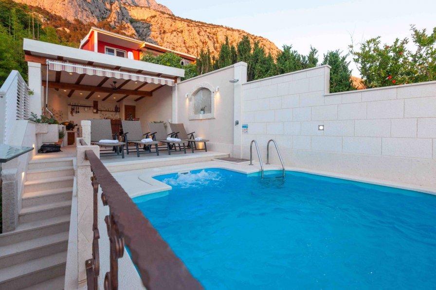 Villa in Croatia, Makarska