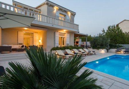 Villa in Kaštel Štafilić, Croatia