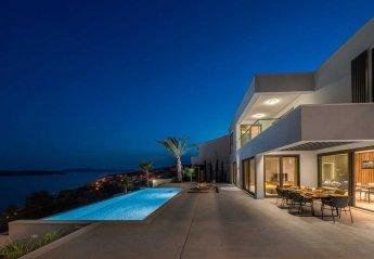 5 bedroom Villa for rent in Seget Donji