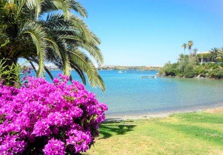 Villa in Cala Llonga, Menorca
