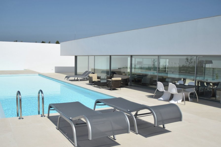 Owners abroad Villa Gonzalo