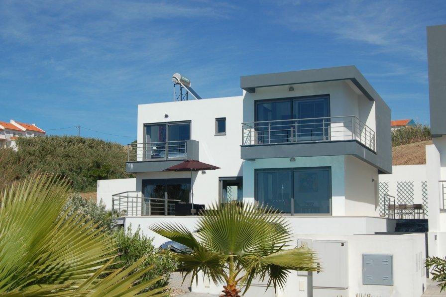 Villa in Portugal, Atalaia