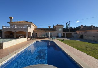 6 bedroom Villa for rent in Cartagena, Murcia