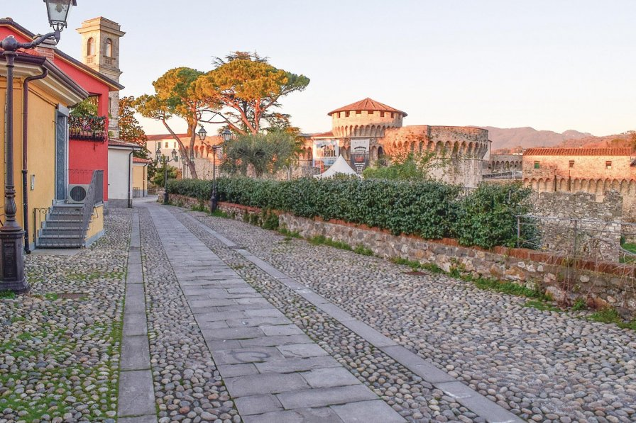 Apartment in Italy, Sarzana