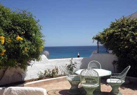Villa in Burgau, Algarve: Stunning Sea Views