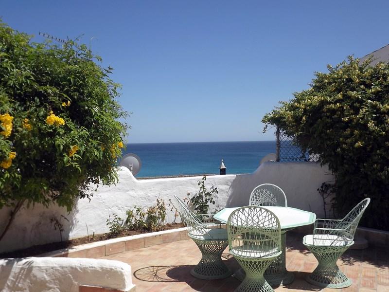 Villa in Portugal, Burgau: Stunning Sea Views