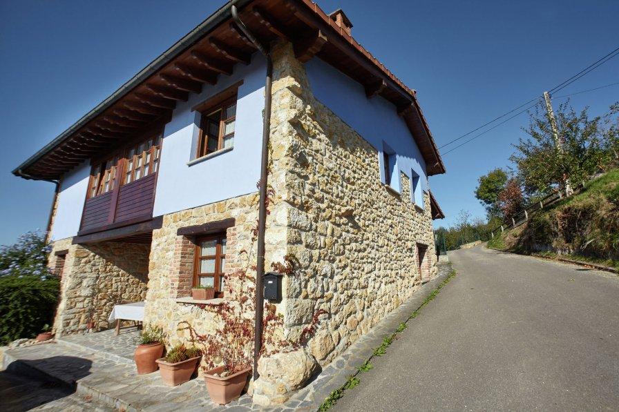 Villa in Spain, Nava