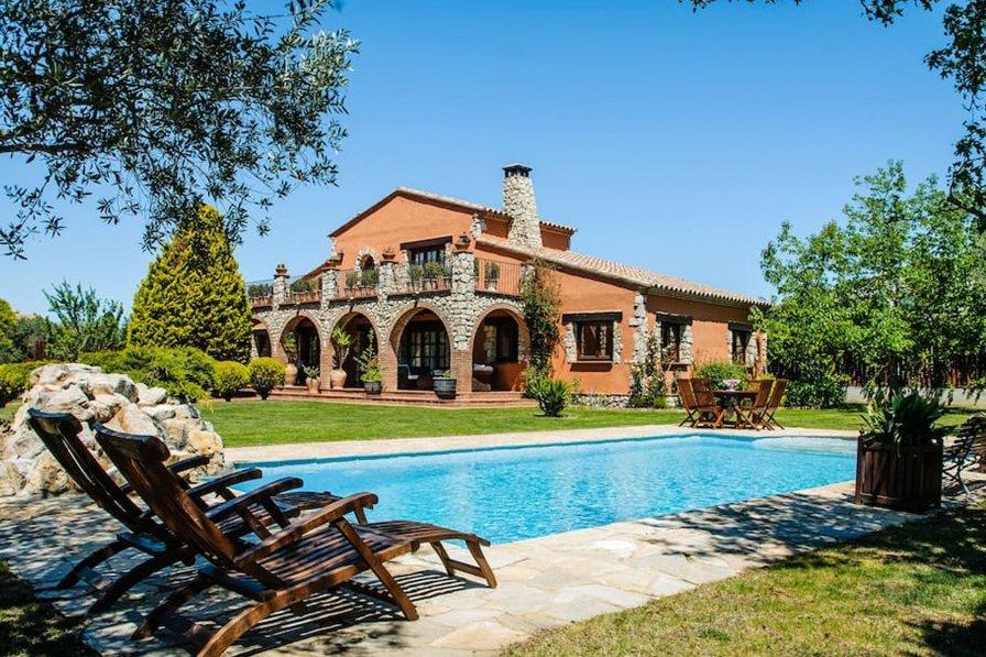 Villa in Spain, Urbanització Golf Peralada