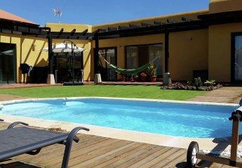 3 bedroom Villa for rent in La Oliva