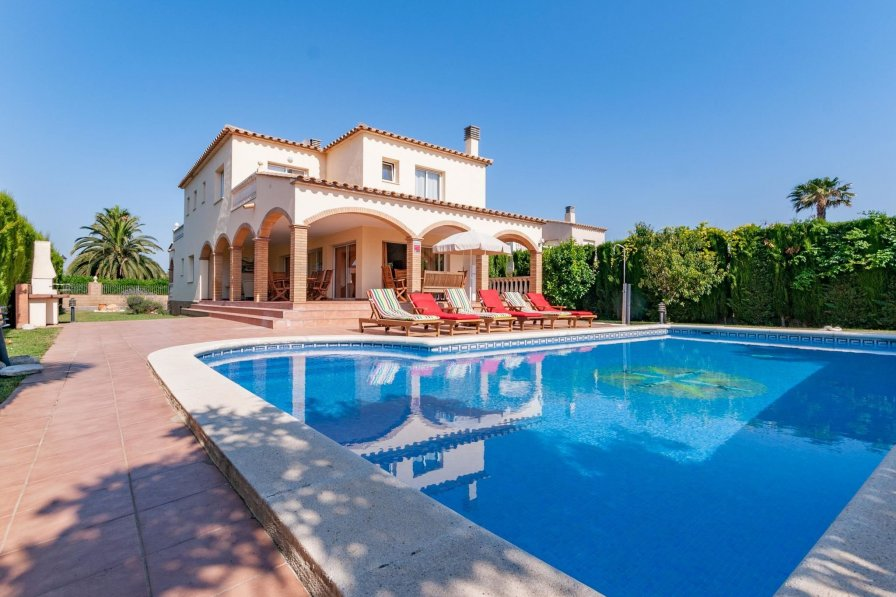 Villa in Spain, Sant Pere Pescador