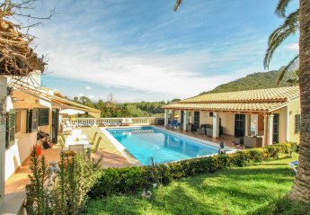 5 bedroom Villa for rent in Alcudia